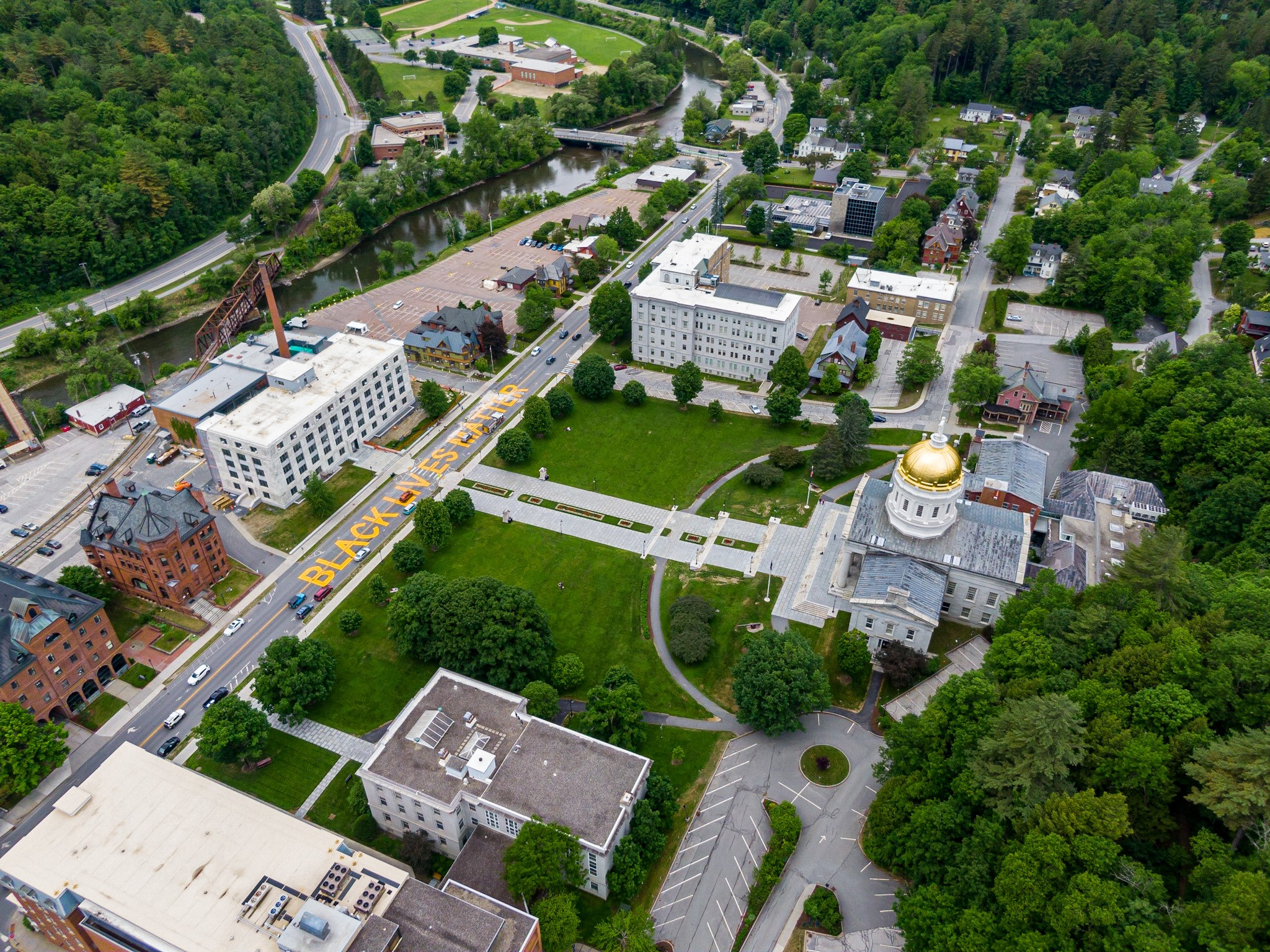 state_house_lawn_drone_shot